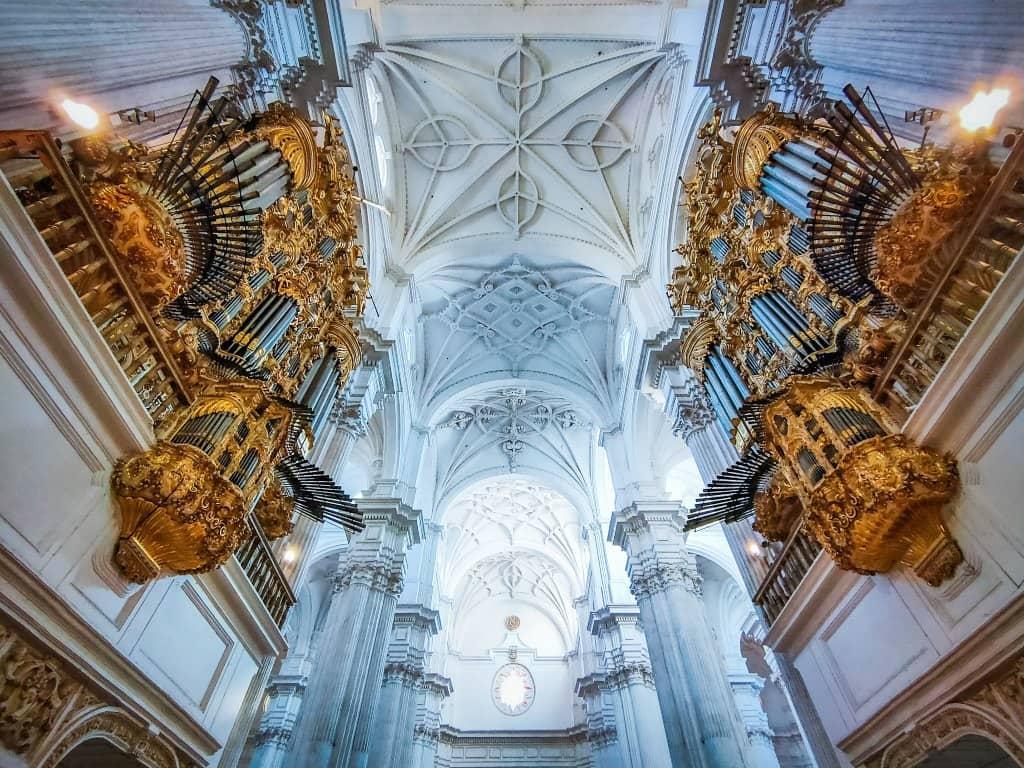 cupulas de la catedral de granada