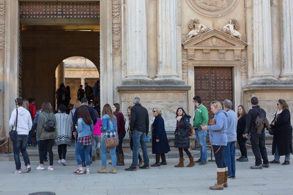 visitas a la alhambra en el puente de la inmaculada
